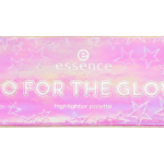 essence go for the glow highlighter palette 01 the colds